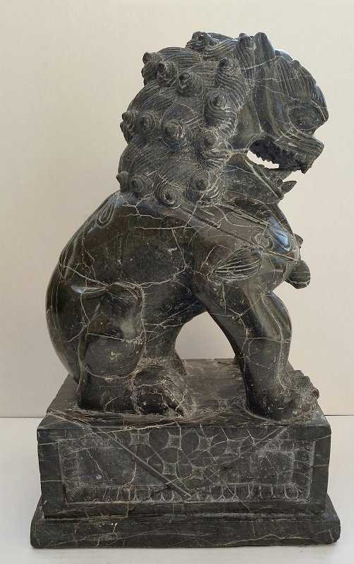 2 FOO DOGS ASIAN SCULPTURES STONE SIGNED BY THE ARTIST. - 3