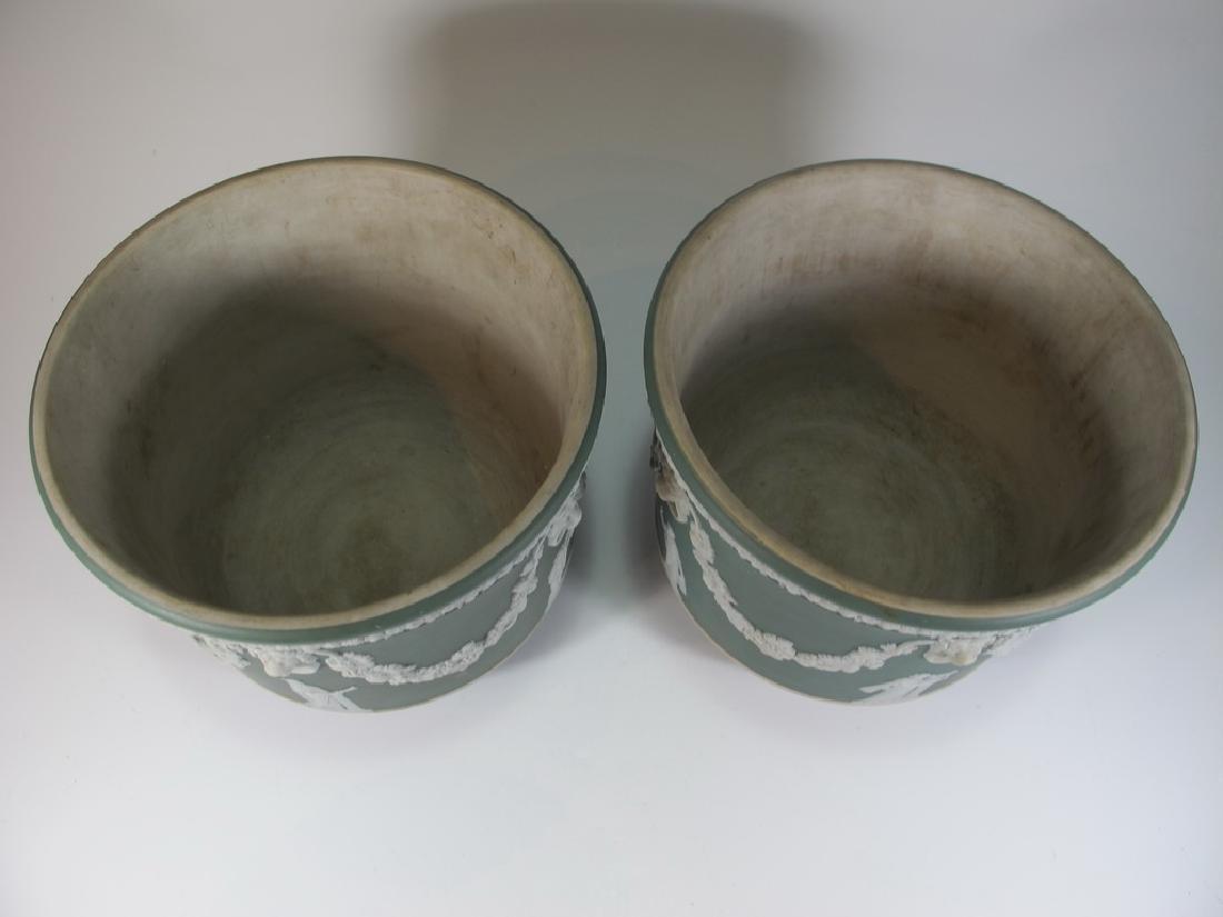 Antique English Wedgwood porcelain Vases - 2