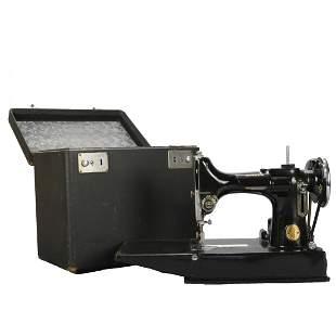 Antique Singer Featherweight Sewing Machine & Case
