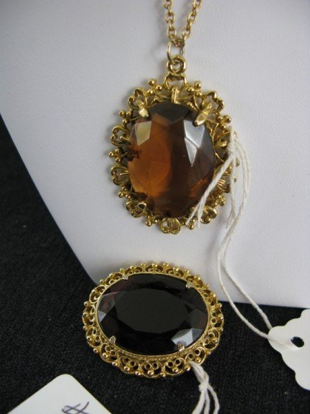 1: NECKLACE AND BROOCH