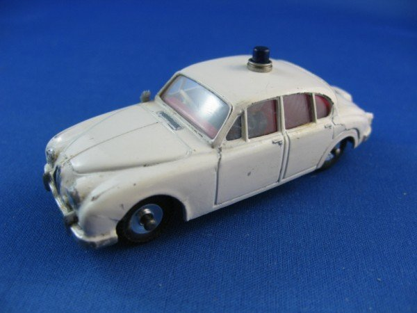 10: DINKY TOY