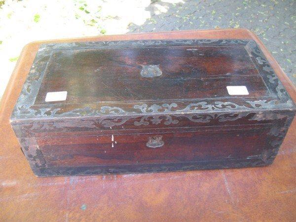 9: INLAID TRAVELLING SECRETARY BOX