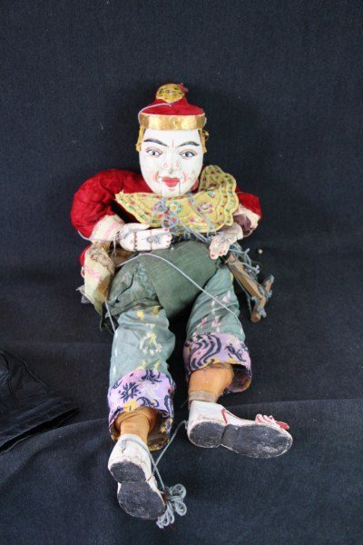 9: ASIAN PUPPET - FULLY ARTICULATED