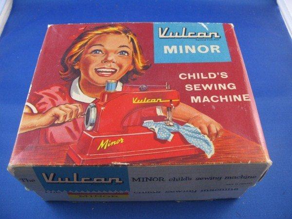 1960'S VULCAN MINOR CHILD'S SEWING MACHINE