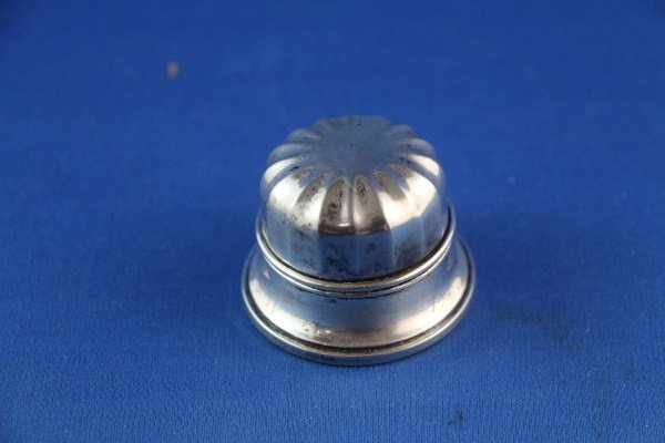 BIRKS STERLING RING BOX WITH SUNRAY DOMED LID