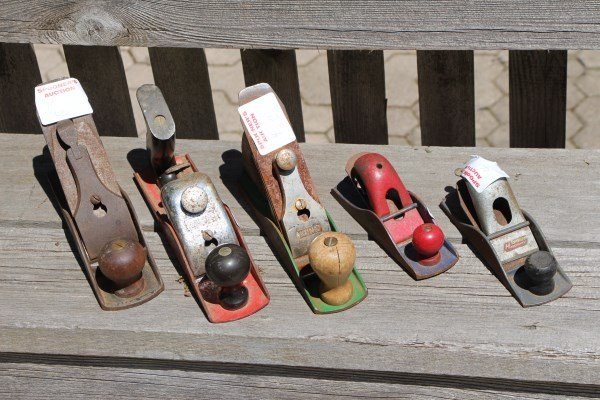 FIVE WOOD PLANES
