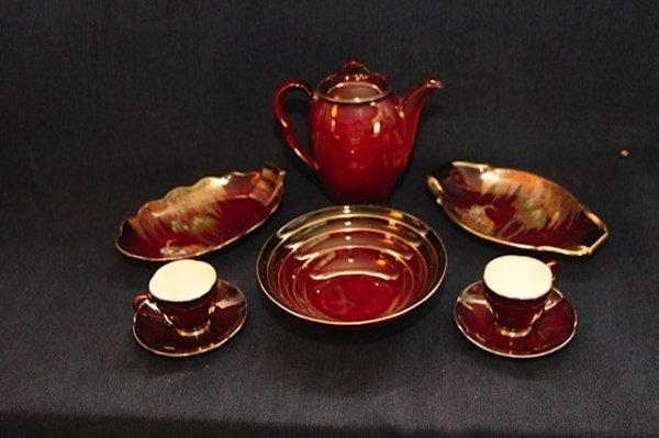 SIX PIECES OF CARLTON WARE