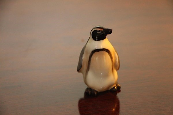ROYAL DOULTON PENGUIN FIGURINE