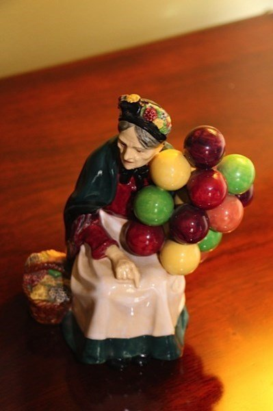 "ROYAL DOULTON ""THE BALLOON SELLER""  FIGURINE"