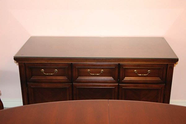 CHERRY WOOD DINING ROOM SUITE BY DEILCRAFT - 2