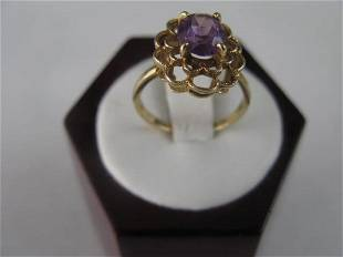 10K YELLOW GOLD AND AMETHYST RING