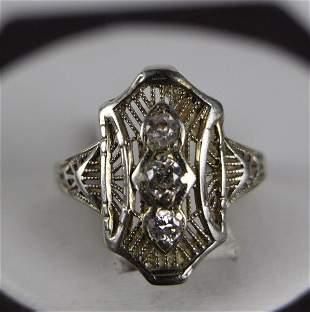 18K ART DECO WHITE GOLD AND DIAMOND RING