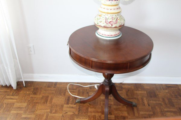 TWO DRAWER MAHOGANY RENT STYLE TABLE