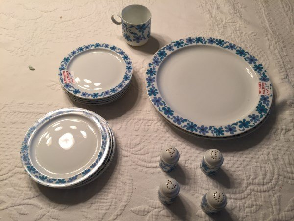 RETRO ROSENTHAL BLUE FLOWER PARTIAL DINNER SET
