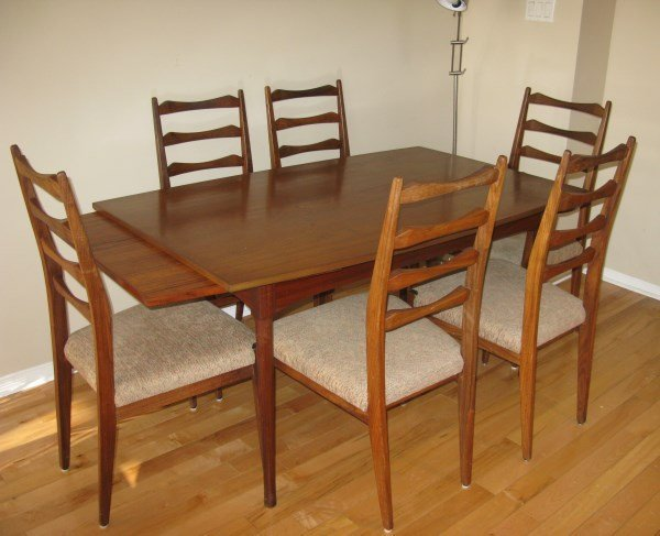 MID CENTURY MODERN TEAK TABLE +6 LADDERBACK CHAIRS