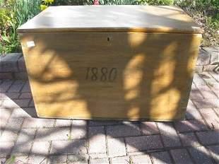 PINE DOVETAILED BLANKET BOX