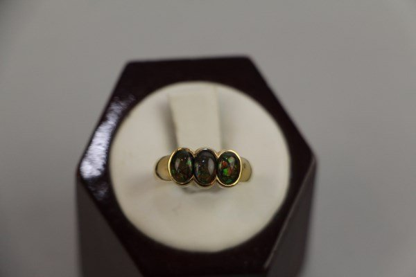 14K YELLOW GOLD AND AMMOLITE JEWELLERY SUITE - 2