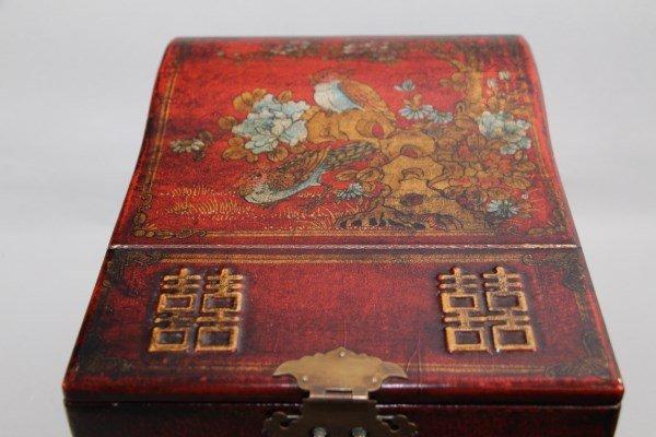 CHINESE LADIES DRESSER BOX - 3