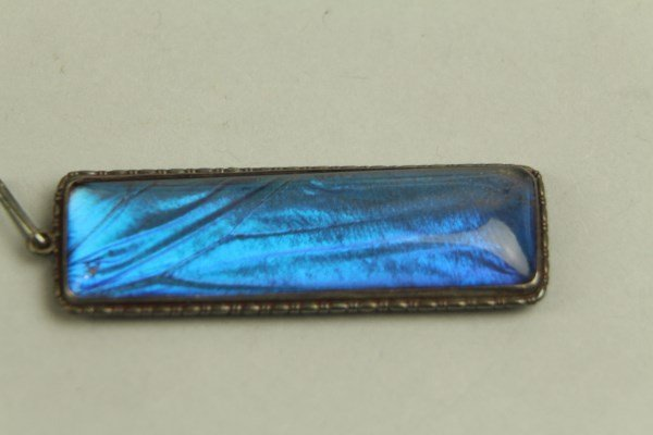 EDWARDIAN OBLONG STERLING AND BLUE STONE PENDANT - 2
