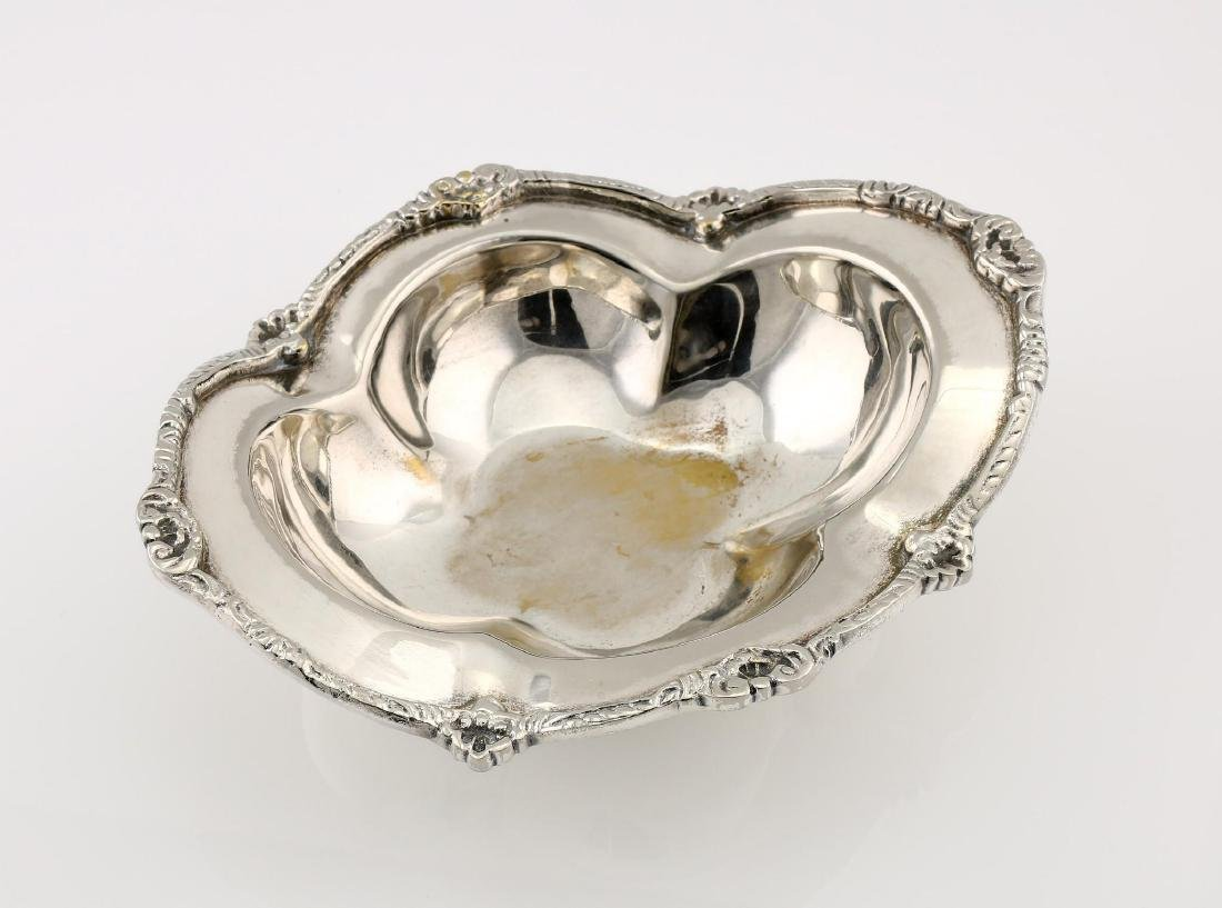 Silverplate Mottahedeh Epergne - 3