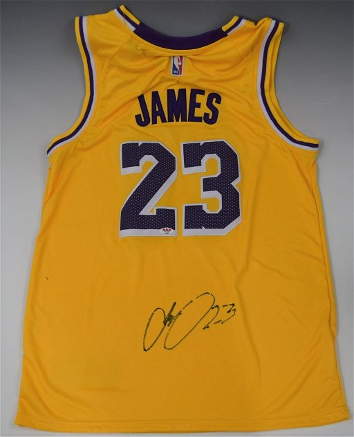 hot sale online ef3fa fb2a4 Lebron James Signed Los Angeles Lakers Jersey