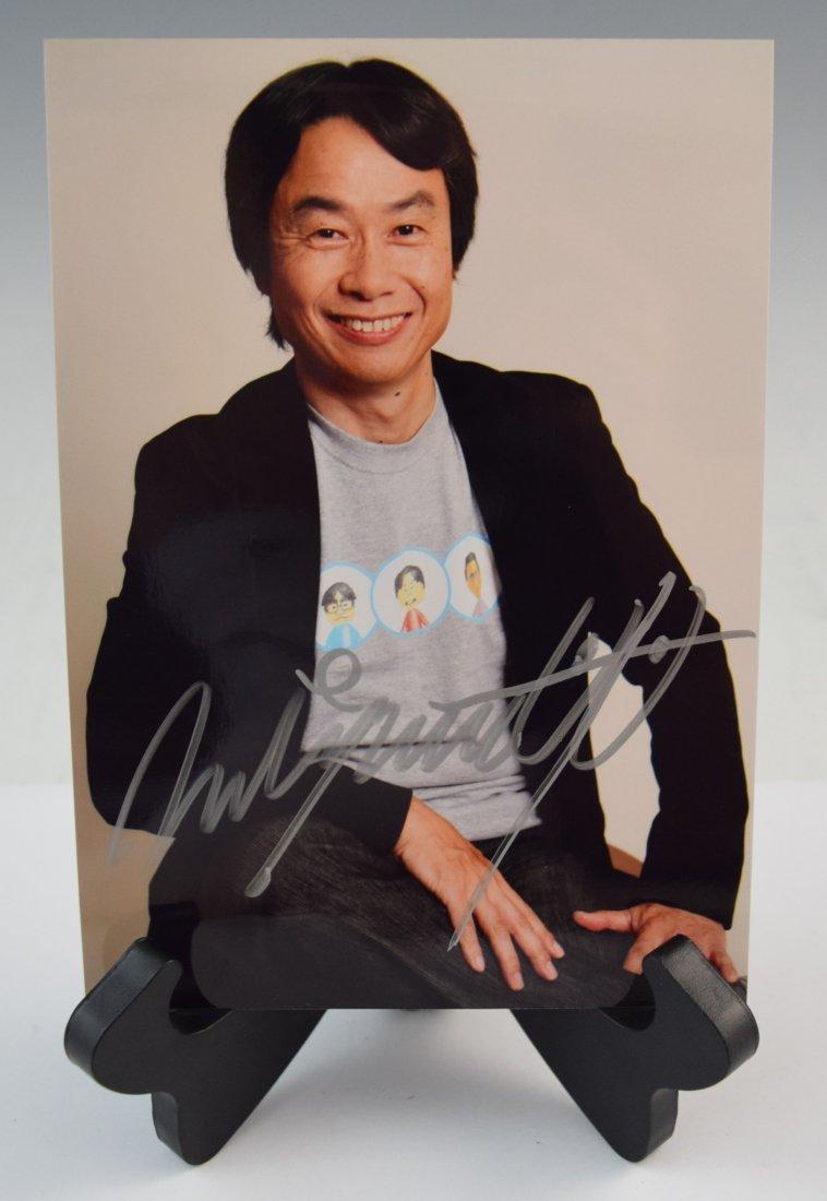 Shigeru Miyamoto signed (photograph)