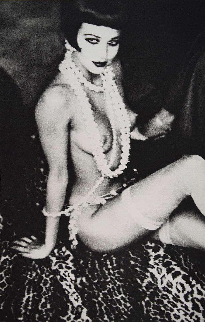 Ellen Von Unwerth - Maria Luisa with White Pearls, 1992