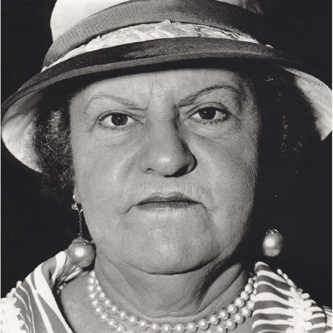 Diane Arbus - Woman with Pearls, NYC 1967