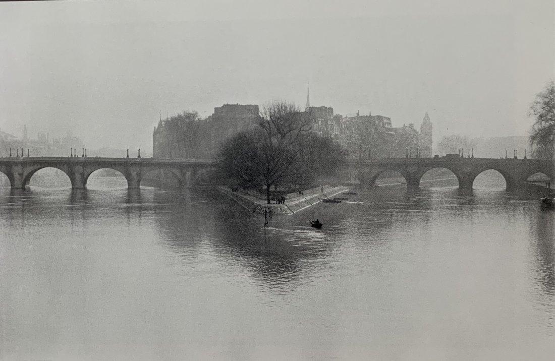 Henri Cartier-Bresson - Ile de la Cite, Paris, 1952