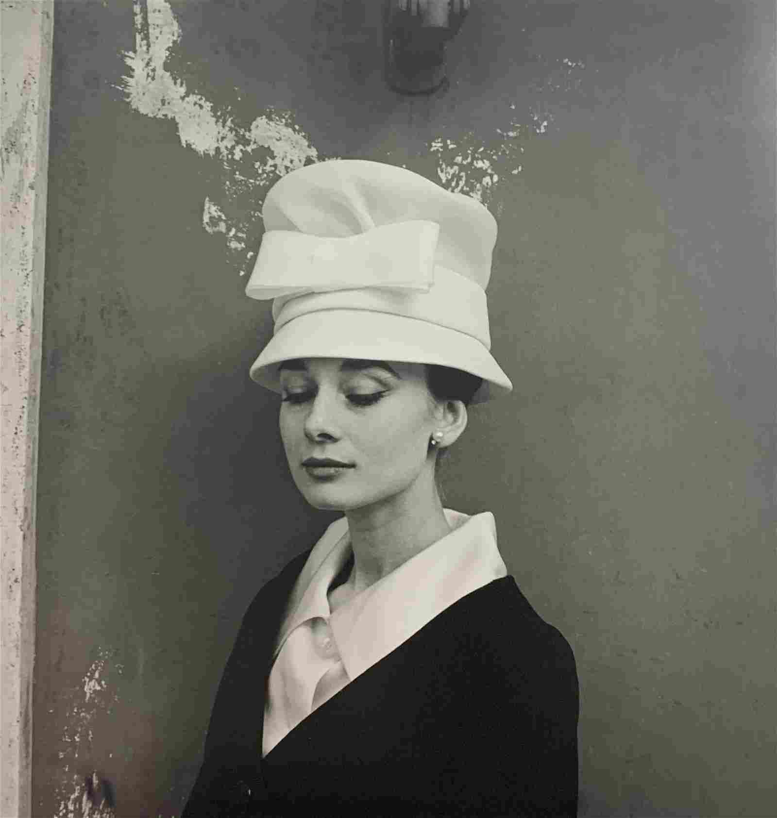 Cecil Beaton - Audrey Hepburn, Photo-Litho