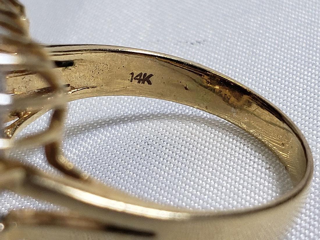 Estate Jewelry Lot (6) 14K Gemstone / Diamond Rings - 9