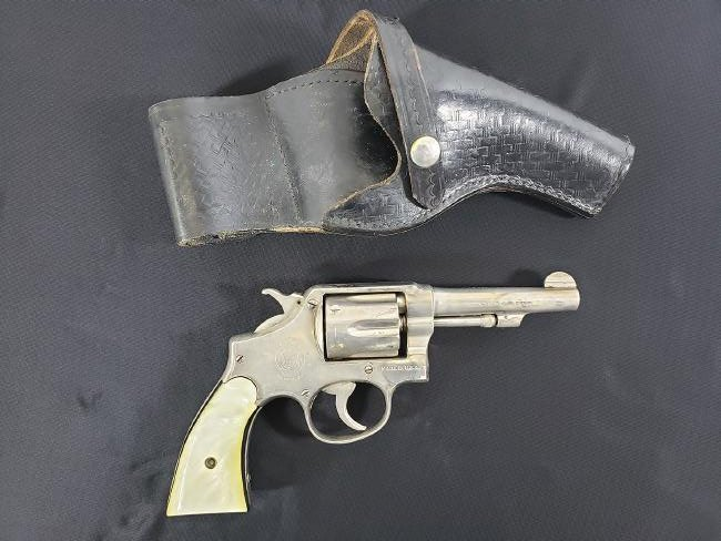 Smith & Wesson .38 w/Holster 1914 Patent date.