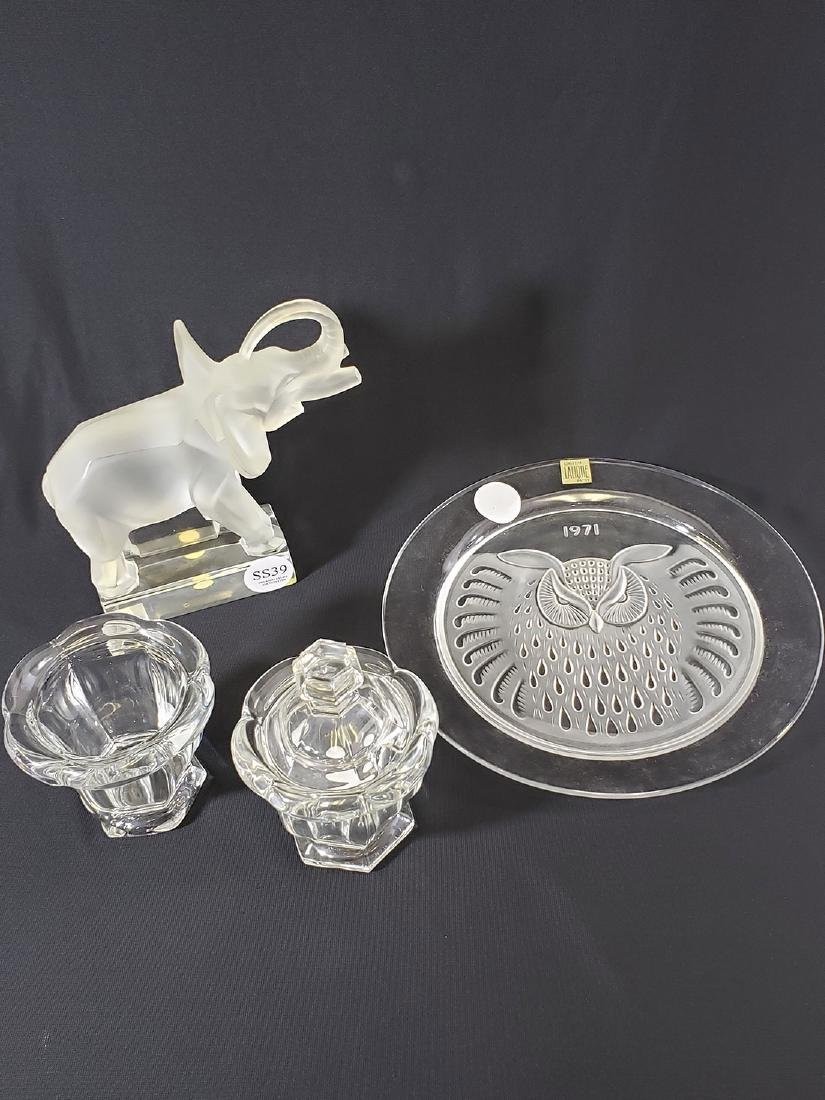 French Crystal Lalique Elephant & Owl plate / Baccarat