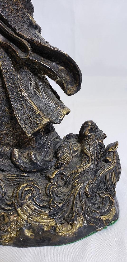 20th Century Chinese bronze figure - 4