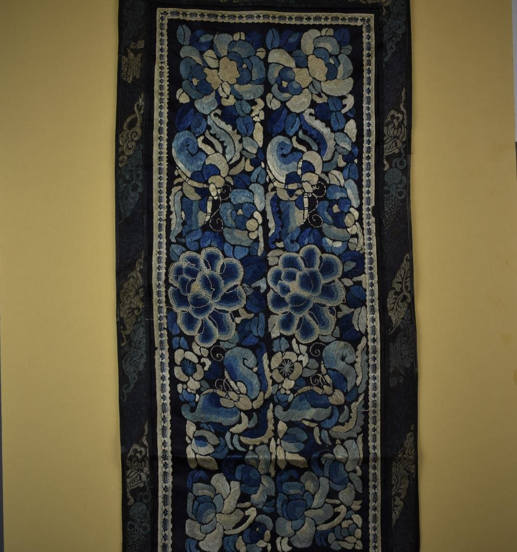 CHINESE QING DYNASTY FORBIDDEN STITCH TEXTILE - 2