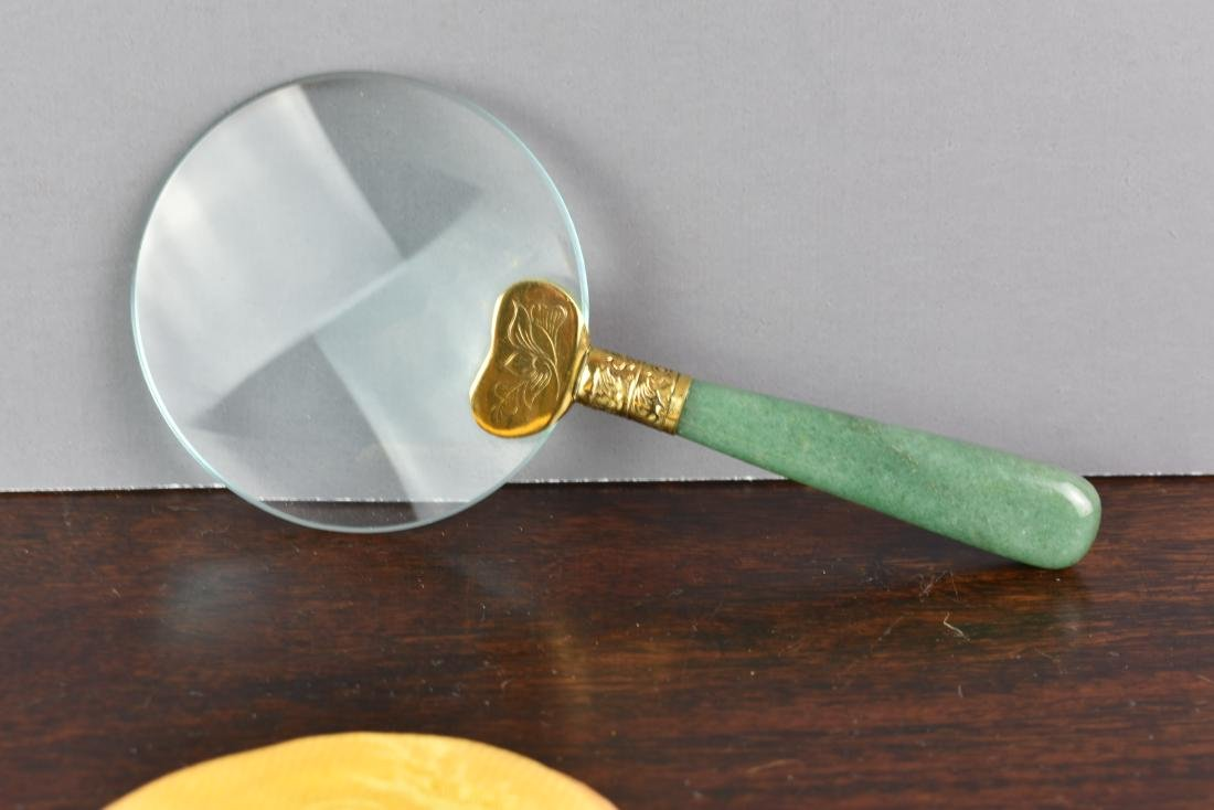 CHINESE VINTAGE APPLE GREEN JADE MAGNIFYING GLASS - 3