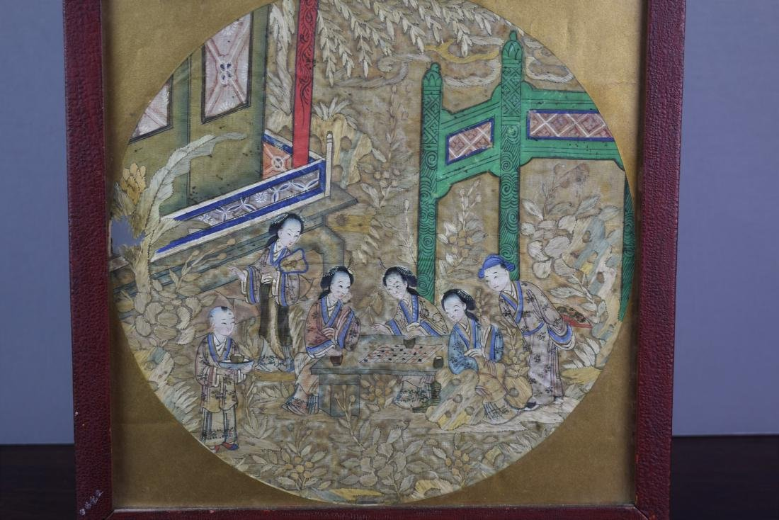 Chinese Qing Dynasty Silk Textile Roundel Painting - 4