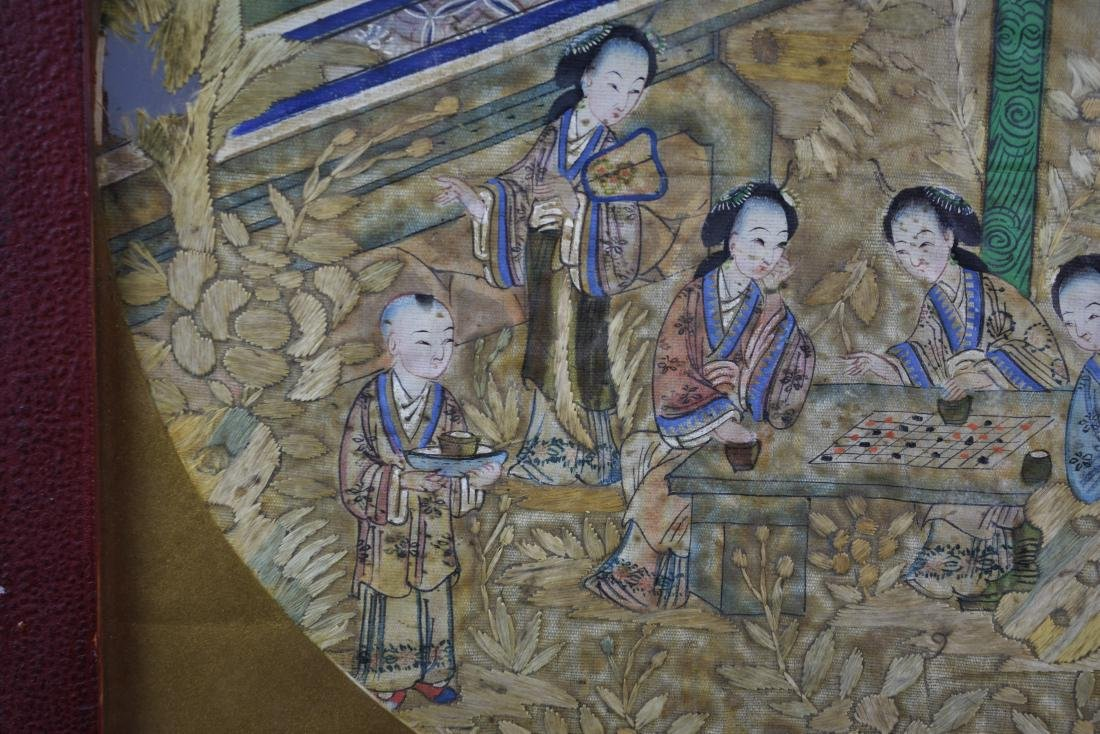 Chinese Qing Dynasty Silk Textile Roundel Painting - 7