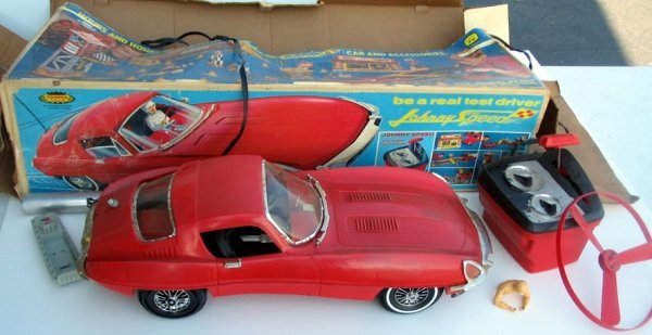 15: 1960s Topper JOHNNY SPEED Jaguar Remote Control