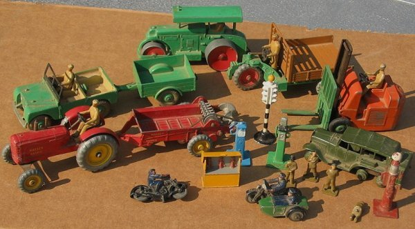 16: Large Lot of Vintage 1940-50s Dinky Toys & Access