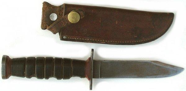 34: Old Schrade-Walden Hunting Knife w Sheath