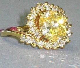 509: 14kt Gold & Yellow Citrine Estate Cocktail Ring