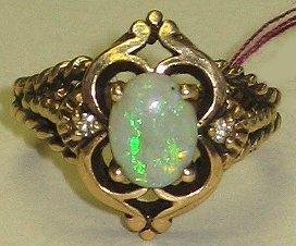 558: Antique 14kt Gold & Opal Estate Ring size 6