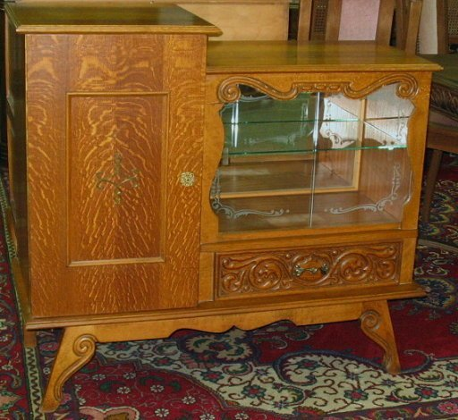 266: Ornate Little Oak Bar/Display Cabinet w Carving