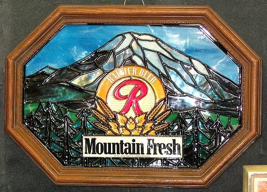 823: Vintage Rainer Light-up Beer Sign~Faux Stained