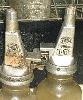 1124: 8 Rare Mobiloil Gargoyle Filpruf Oil Bottles AND - 4