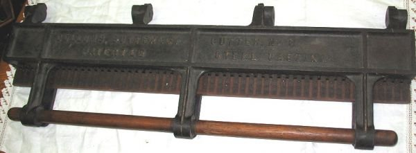 1213: Big Antique Candy Shop Cast Iron Mold or Cutter