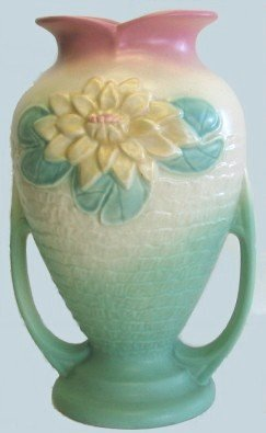 """409: Hull Art Pottery 1940s Water Lily 10.5"""" Vase"""