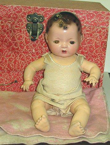 5: c1938 Effanbee Dy-Dee Baby Doll w Trunk & Extras