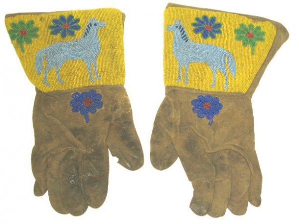 247: Old Pair Beaded Cowboy Gauntlets/Gloves w Horse
